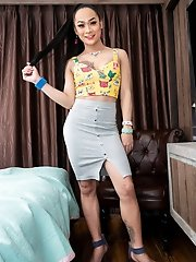 Ladyboy Anna - Kitty Top Grey Mini Creampie Reinsert
